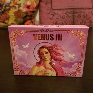 Venus III Palette